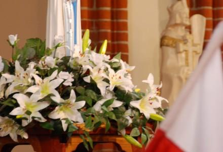 Obchody uroczystości Najświętszej Maryi Panny Królowej Polski oraz rocznicy Konstytucji 3 Maja w naszej garbowskiej Świątyni . Wspaniała uroczystość!