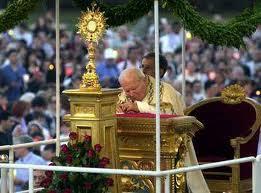 Adoracja Najświętszego Sakramentu poza Mszą św. [słowo na niedzielę]