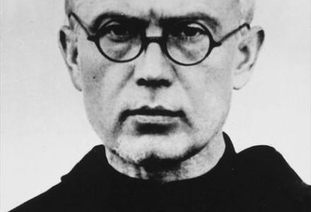 Abp Skworc: św. Maksymilian Kolbe przeciwstawił się systemowi pogardy i nienawiści