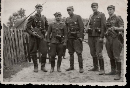 """Kolejni bohaterowie zidentyfikowani. Wśród nich jest legendarny """"Łupaszko"""" i """"Zapora"""""""