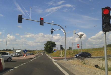 Została uruchomiona sygnalizacja świetlna w Bogucinie.