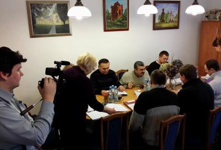 """20.01.2014 – """"Nasz Garbów"""" po raz pierwszy w historii gminy dokonuje rejestracji wideo obrad Komisji Rady Gminy Garbów"""