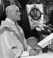 25. lat temu zamordowano ks. Stefana Niedzielaka. Trzy tygodnie po jego śmierci rozpoczął się Okrągły Stół