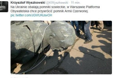 Na Ukrainie obalają pomniki sowieckie, w Warszawie Platforma chce przywrócić pomnik Armii Czerwonej