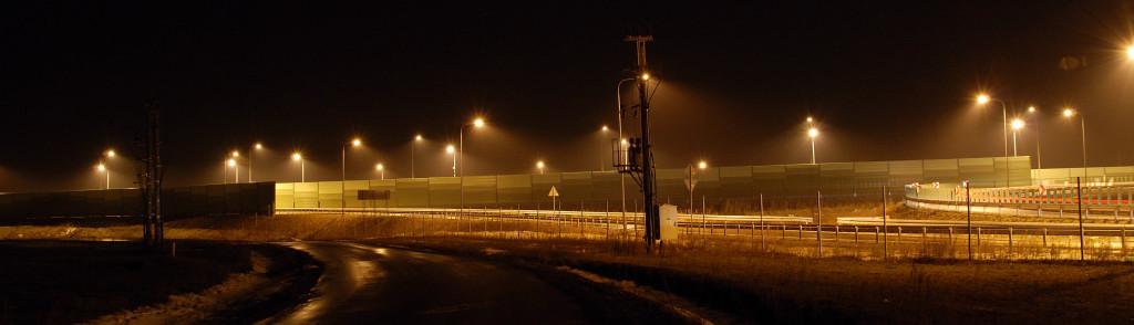 niepotrzebne oświetlenie na s17 w Bogucinie0004