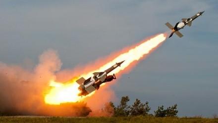 Rosjanie wycelowali w nas rakiety. Co robi Sikorski? Ogłasza 2015 Rokiem Rosji w Polsce.