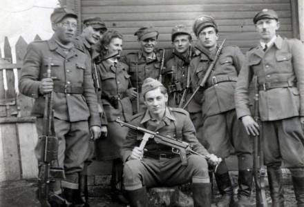 """65. rocznica śmierci Hieronima Dekutowskiego ps. """"Zapora"""" i jego 6 podkomendnych"""