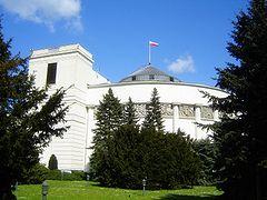 5 maja 2014 r. – Prawo i Sprawiedliwość może liczyć na 30 % głosów, Platforma Obywatelska z 25 % poparciem: Wyniki nowego sondażu