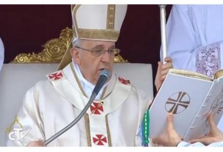 Dominica Misericordias Domini (27 kwietnia 2014 r.) – papież Franciszek ogłosił Jana XXIII i Jana Pawła II świętymi