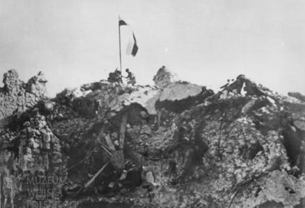 Dziś dzień polskiej dumy i chwały! Oddajmy hołd bohaterom 2. Korpusu, zwycięzcom spod Monte Cassino!