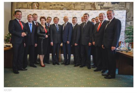 13 maja 2014 r. – miasto Lublin podpisało umowę o Zintegrowanej Inwestycji Terytorialnej z gminami Lubelskiego Obszaru Funkcjonalnego. Niestety bez Garbowa