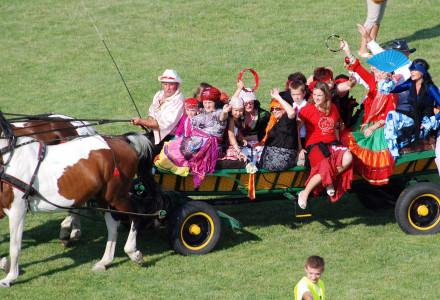 Wozy cygańskie na festynie w Bogucinie (lipiec 2014)