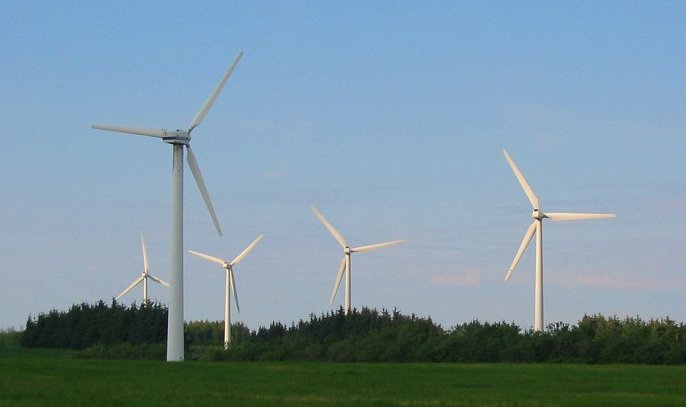 Farmy wiatrowe w Polsce w 2016 roku odnotowały 3 mld zł strat! Najpierw jednak ktoś potężnie zarobił na ich postawieniu