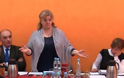 Jak nie powinno obsługiwać się wniosków mieszkańców. Przewodnicząca Rady Gminy atakuje nieprawdą i manipulacjami
