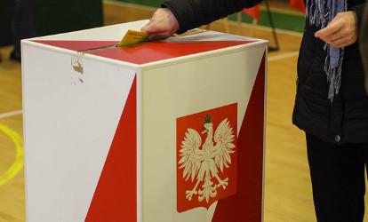 Do Sejmu trafił projekt zmian w Kodeksie wyborczym. Wśród nich ta najważniejsza – o liczbie kadencji