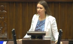 Platforma odrzuca projekt obywateli. OBEJRZYJ wystąpienie Karoliny Elbanowskiej