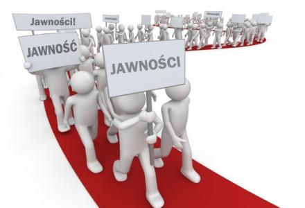 Ratusz w Łowiczu opublikuje rejestr zawieranych umów!