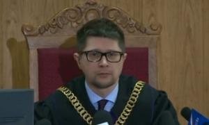 Oto sprawiedliwość według III RP: Kamiński skazany, Sawicka uniewinniona