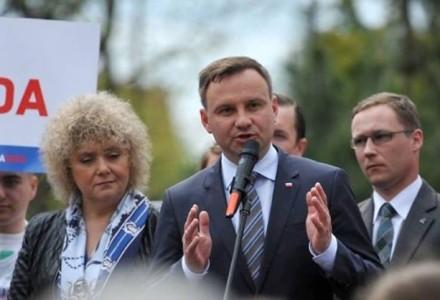 """Andrzej Duda wzywa Bronisława Komorowskiego, by przyszedł na debatę do TVP: """"To kwestia szacunku do wyborców!"""""""