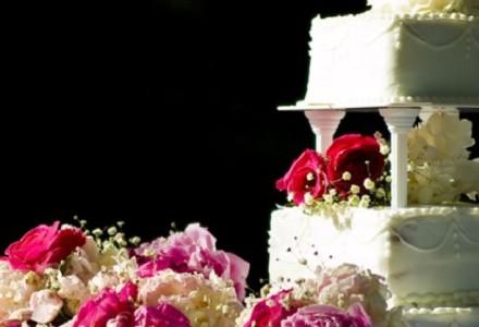 Cukiernicy, którzy odmówili upieczenia weselnego tortu lesbijkom ukarani. Muszą zapłacić gigantyczne odszkodowanie