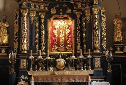 Włamanie do Sanktuarium Matki Bożej w Wąwolnicy. Złodzieje chcieli ukraść figurę pochodzącą z XV wieku