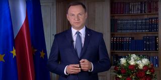 Prezydent wysłuchał Polaków! Andrzej Duda skieruje do Senatu wniosek o referendum ws. wieku emerytalnego, sześciolatków i Lasów Państwowych