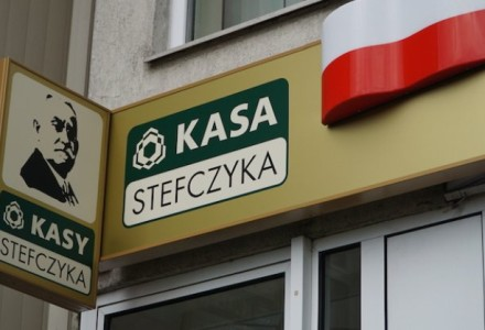 Banki chcą zlikwidować SKOK-i, by przejąć wszystkie oszczędności Polaków