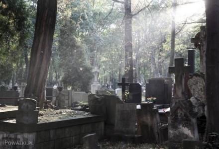 Refleksja Wojciecha Sumlińskiego o śmierci, miłości i o tym, co pozostaje.