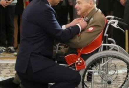 Właśnie takiej Polski i takiego patriotyzmu boi się Salon. Dzisiejsze Święto Niepodległości przywraca narodowi godność