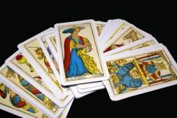 Tarot nieprawdę Ci powie – świadectwo uzdrowionej ze zniewolenia kartami tarota