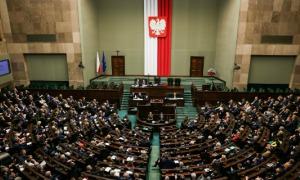 """24 listopada 2017 r. – Sejm przyjął projekt ustawy o ograniczeniu handlu w niedziele! Śniadek: """"To był wieloletni postulat Solidarności"""""""