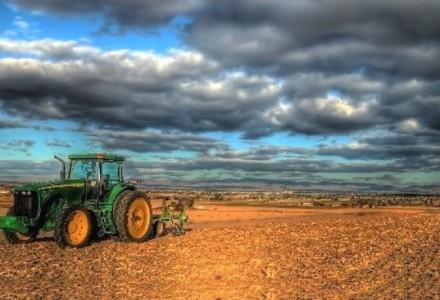 Koniec z podstępnym wykupem polskich gruntów. PiS przedstawia projekt – państwowa ziemia tylko dla indywidualnego rolnika