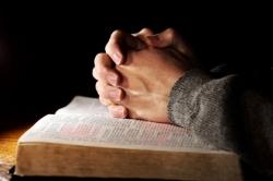 Bóg nie mówi słowem, ale czynem [świadectwo]