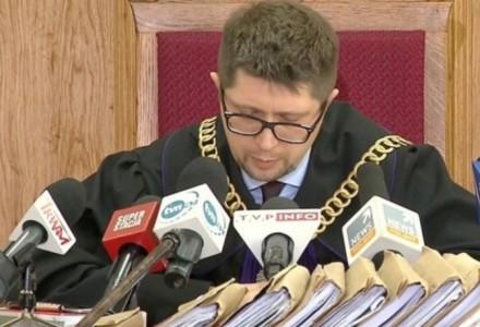 Potężne zamieszanie wokół Wojciecha Łączewskiego. Czy sędzia, który skazał Mariusza Kamińskiego umawiał się na Twitterze ws. taktyki uderzającej w rząd?