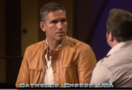 """Wywiad z Jimem Caviezelem, który zagrał Jezusa w filmie pt. """"Pasja"""" Mela Gibsona"""