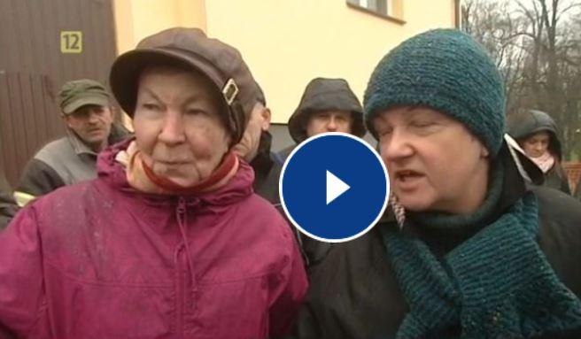 Mieszkańcy gminy Poniatowa protestują przeciko planowanej budowie farmy wiatrowej zbyt blisko ich domów!