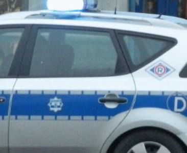 Michów – Policja zatrzymuje przechodniów – Radny Roman Adamczyk interweniuje