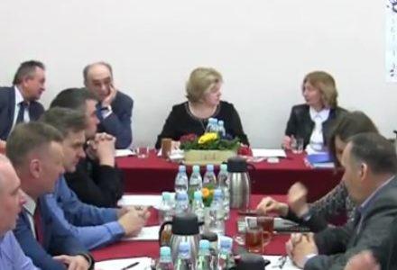 Sesja Rady Gminy Garbów – 28 marca 2017 [wideo]
