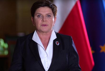 """Premier Szydło: """"Chcę prosić, nie traćcie wiary. Zapewniam was, że wypełnimy nasze zobowiązanie. Naprawimy Polskę!""""."""
