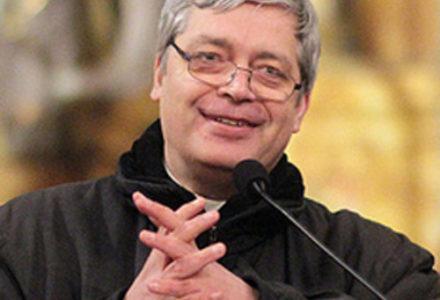 Ks. Piotr Pawlukiewicz – Najpierw porażka, a potem wygrywasz. Ludzie niepewni są zniewoleni.