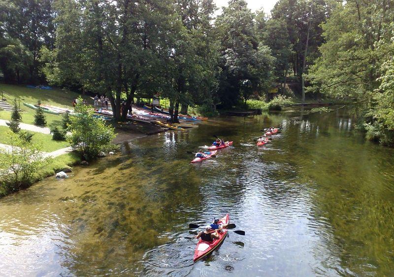 Sokół zaprasza na spływ kajakowy – 14 km dolnym odcinkiem rzeki Bystrzyca