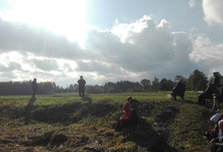 Modlitwa różańcowa nad Bugiem koło Świerży. Różaniec do Granic – 7 października 2017 r.