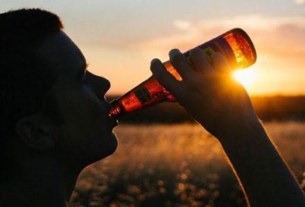 Ustawa o ograniczeniu sprzedaży alkoholu uchwalona. Gminy będą mogły zmniejszyć liczbę punktów sprzedaży
