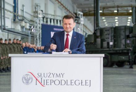"""Mariusz Błaszczak: """"Samorządowe kliki i uzależniają ludzi od własnych decyzji"""""""
