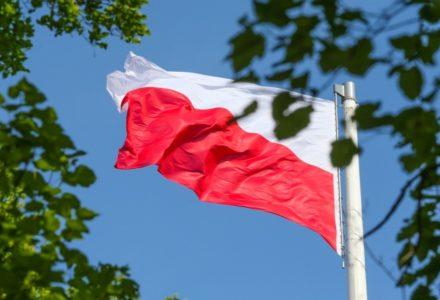 Wywieś biało-czerwoną! Dziś Dzień Flagi Rzeczypospolitej Polskiej