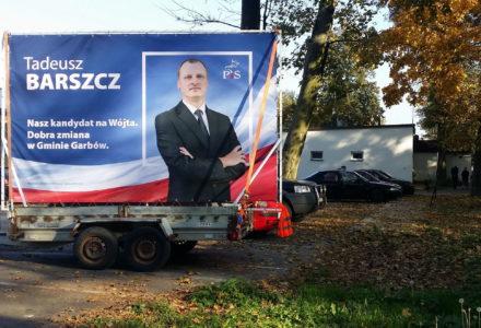 10 października 2018 – Uczestników balu Seniora w Rybce jako pierwszy przywitał kandydat na nowego wójta Tadeusz Barszcz!
