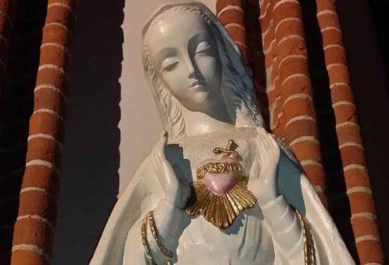 Niepokalane Serce Maryi przebite mieczem boleści. Kościół w Garbowie.